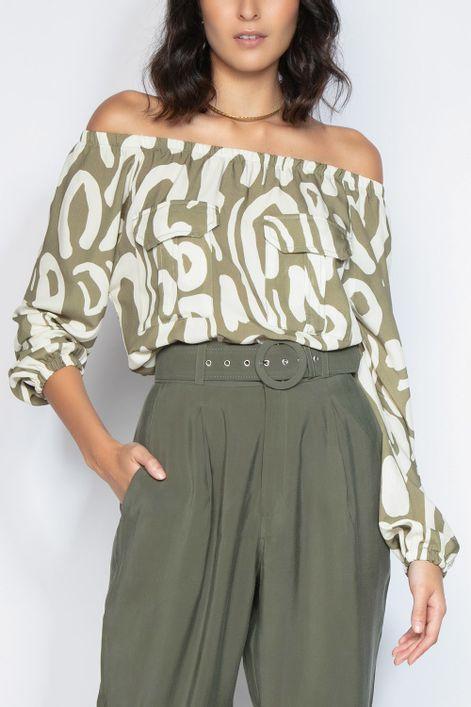Blusa-ciganinha-estampa-abraco