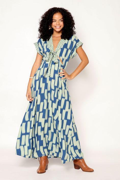 Vestido-longo-com-recortes-estampa-linhaca
