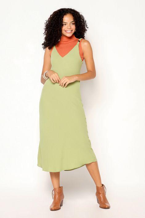 Slip-dress-com-detalhe-de-anilha-na-alca-