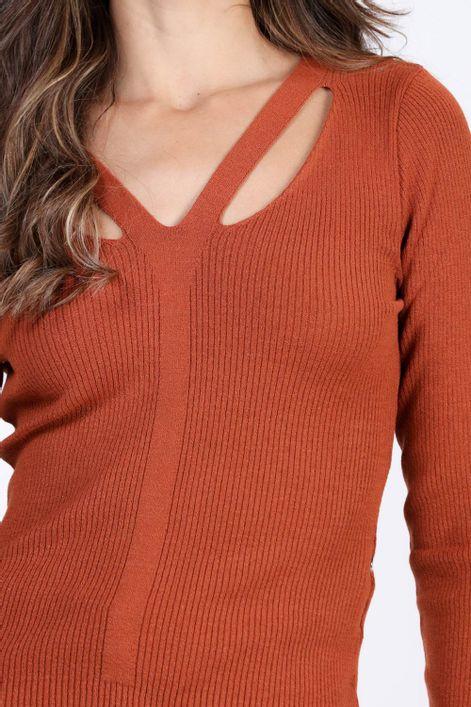 Blusa-em-tricot-com-recortes
