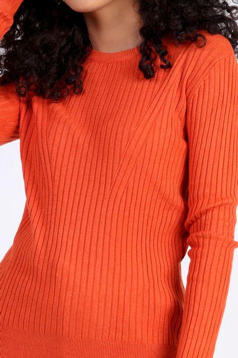 Blusa-em-tricot-basica-com-gola-redonda