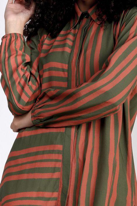 Camisa-alongada-estampa-gergelim