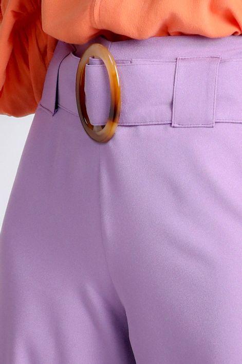Calca-pantalona-com-cinto-fivela-acrilico-