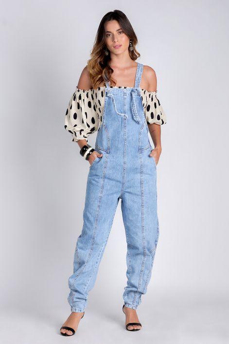 Jardineira-jeans-