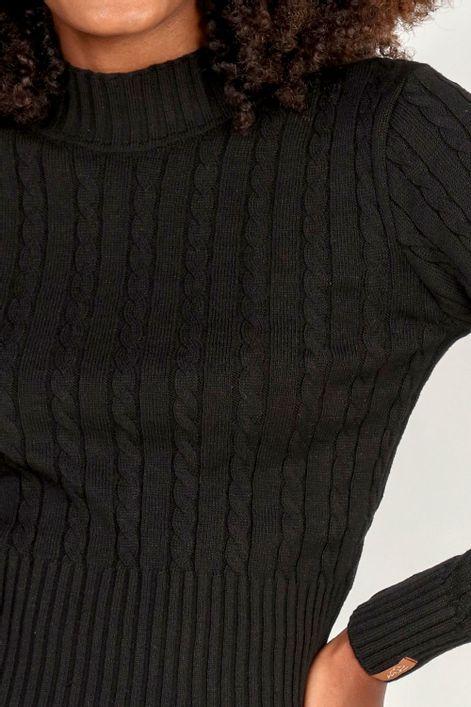 Blusa-cropped-em-tricot-trancado