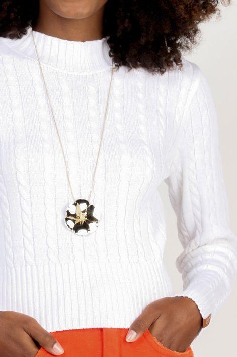 Blusa-cropped-em-tricot-trancado-