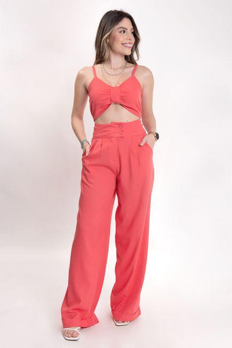 Conjunto-calca-pantalona-com-cropped-detalhe-busto