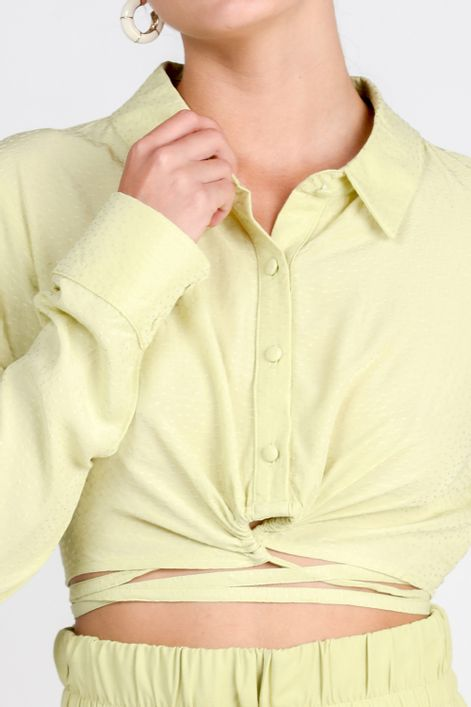 Camisa-cropped-com-amarracao-