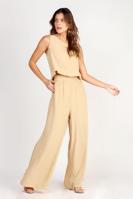 Conjunto-em-crepe-cropped-com-pantalona