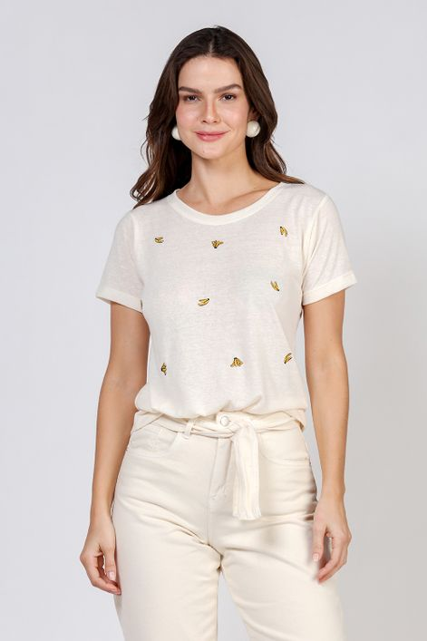 T-shirt-basica-com-bordado-de-bananinha